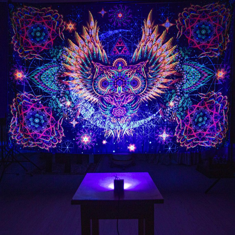 "Psychedelic trippy blacklight active tapestry ""Feather of Infinity"""