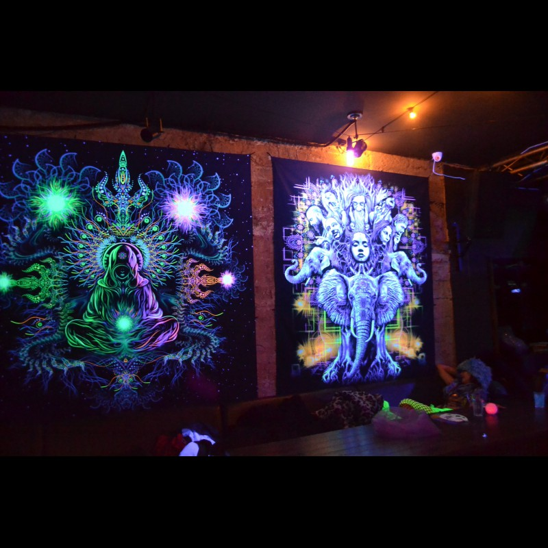 Trippy UV Reactive Backdrop «Emotions»
