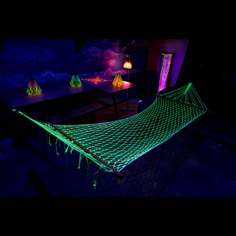 Portable blacklight active hammock made from paracord «Fluoro Pleasure»