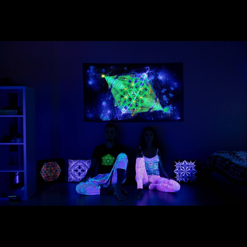 Blacklight Active Backdrop «Cosmic Anahata»