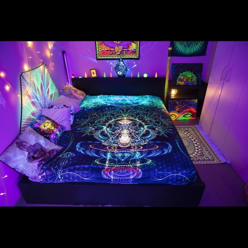Meditation Psychedelic Home UV Active Blanket «Sri Vishnu»