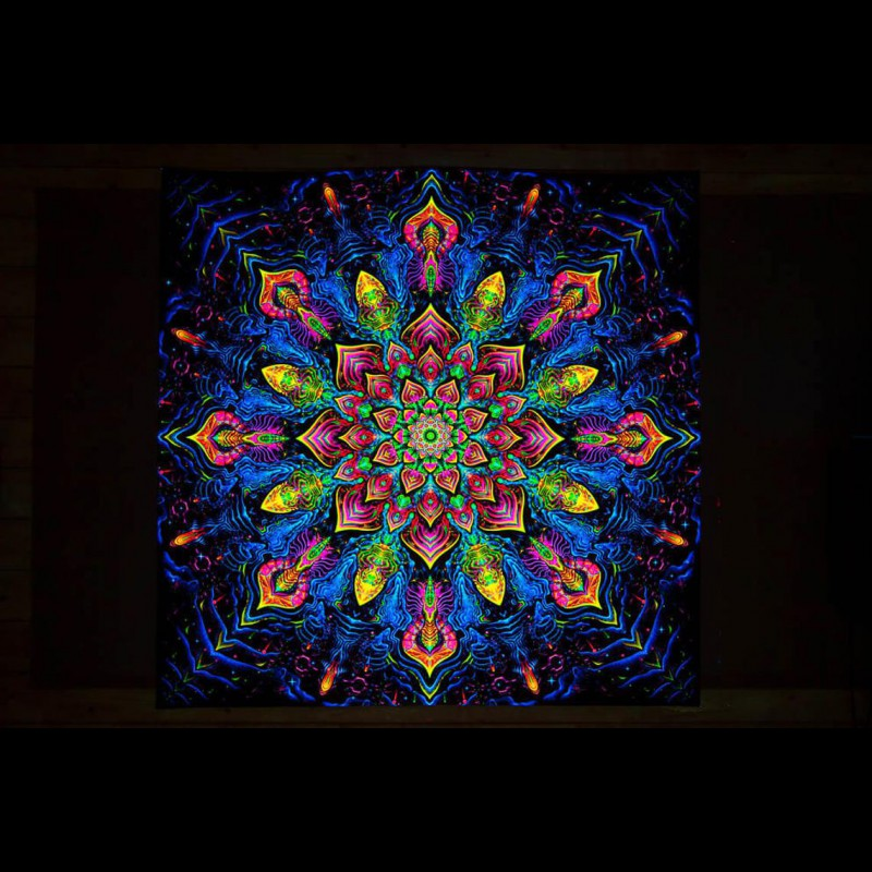 "Trippy wallart sacred mandala ""Impressive Awakening"""