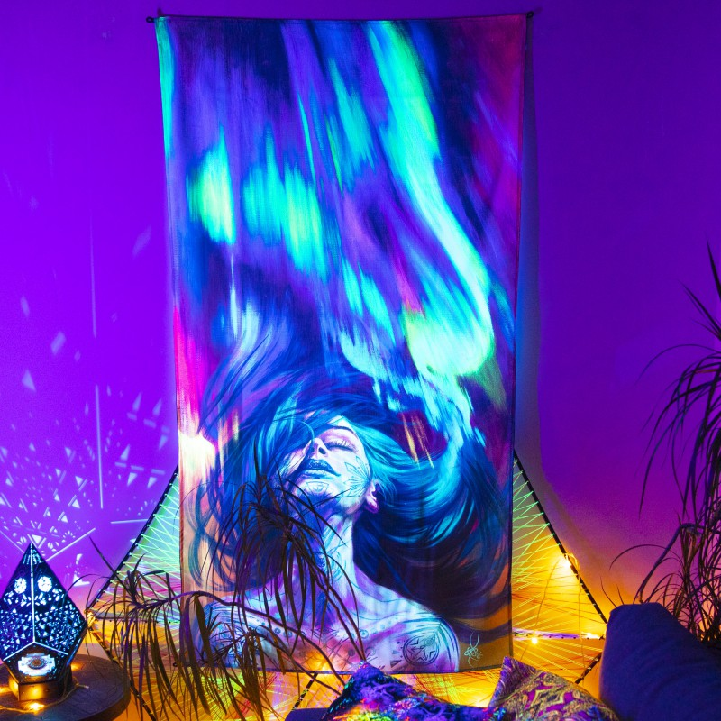 Psychedelic Glowing Tapestry «Northern Lights»