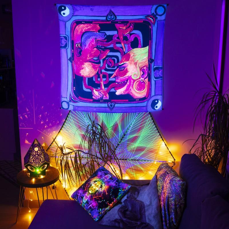 Trippy blacklight tapestry «Let's talk»