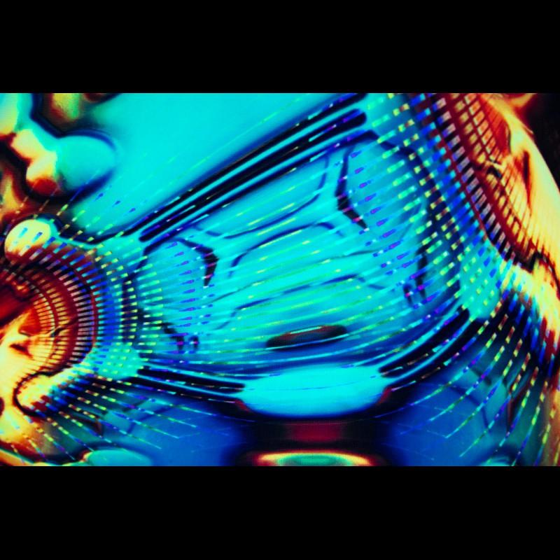 UV-active tapestry «Molecular Moon»