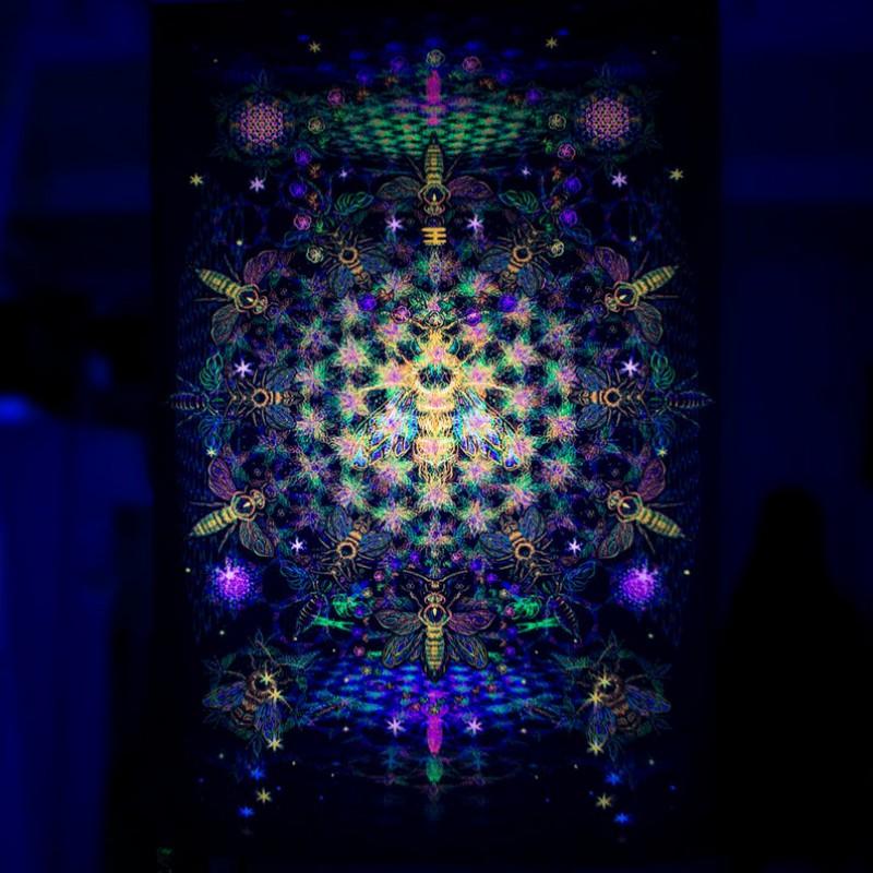 "UV decoration psychedelic backdrop ""Fractal Bee"""