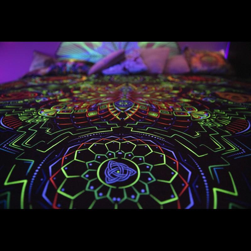 Psychedelic bedding abstract blanket «Retu Septa Mandala»