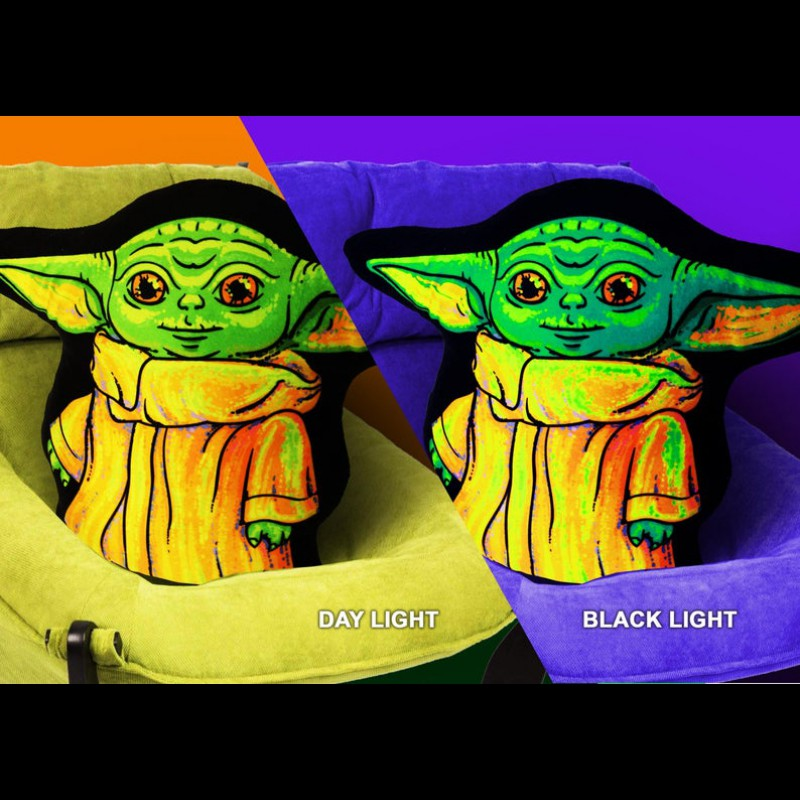 "Decorative Trippy Toy Cushion ""Baby Yoda"""