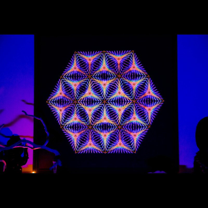 "Handmade UV-active Wall Mandala-Art ""Little Universe"""