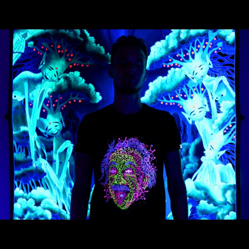Psychedelic UV Active  Fluorescent Trippy Tshirt «Acid Scientist»
