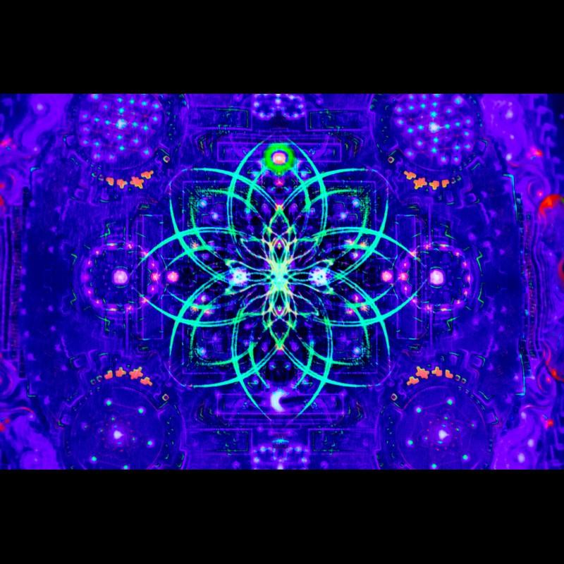 "Decorative Psychedelic UV-Pillow ""Divine Portal"""
