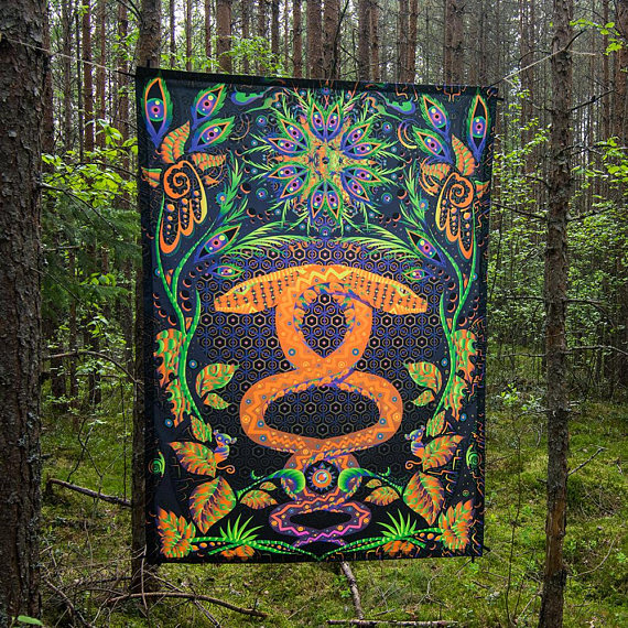 "UV active psychedelic backdrop ""Jungle Snake"""