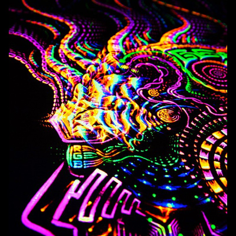 Fluorescent psychedelic tapestry Fluororunner.