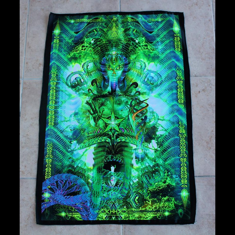 Fluorescent luminous tapestry Contact